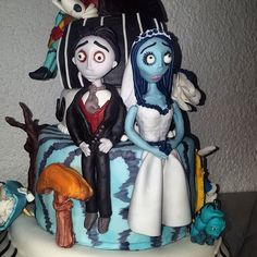 The Corpse Bride Cake! #cadaverdelanovia #elcadaverdelanovia #thecorpsebride #timburton #fondantcake #fondantart #fondant #pastelfondant #cakedesigner #cakedecorator #instacake #cakestagram #bakery #pasteleria #gdl #guadalajara #mexico