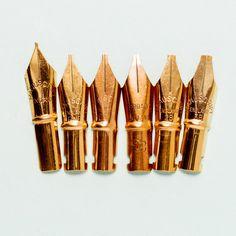 In 6 sizes: Extra Fine, Fine, Medium, Broad, 2B or 3B Gilt