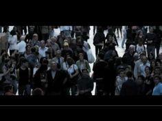 Universos (2009) 1ª ed. de La Wikipeli de Mahou - YouTube, http://www.lawikipeli.com - El corto Universos es resultado de un proyecto de cine colaborativo: La Wikipeli. Una idea de Mahou co-dirigida por 3.257 internautas, José Corbacho y Juan Cruz. Con Martín Rivas, Blanca Suárez, Joan Massotkleiner y Álex Angulo.