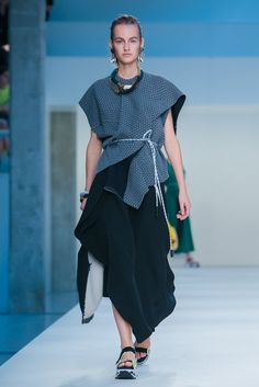 A look from the Marni Spring 2015 RTW collection.