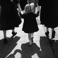 2000-lightyearsfromhome:  New York 1954  Vivian Maier