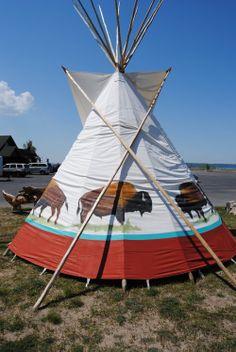 White Buffalo Lodges   Tipi, Teepee, Tepee Sales : Native American Tipi : Tipi Poles & Design