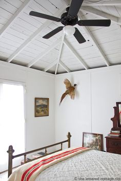 I love this ceiling and would like to do something like this in the kitchen