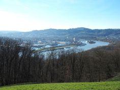 6 Wander- und Trailrunning Strecken in Linz, Oberösterreich - smilesfromabroad Salzburg, River, Outdoor, Walking Away, Human Settlement, Hiking Trails, Outdoors, Outdoor Living, Garden