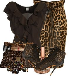 leopard skirt fashion Dresses by Occasions Kleider nach Anlässen - Accessories of Women Look Fashion, Autumn Fashion, Womens Fashion, Classy Outfits, Stylish Outfits, Mode Outfits, Mode Style, Fashion Prints, Passion For Fashion