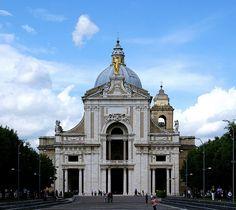 Assisi, Basilica di Santa Maria degli Angeli (Basilica of St. Mary of the Angels)  #TuscanyAgriturismoGiratola