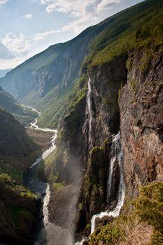"breathtakingdestinations: ""Vøringsfossen - Norway (by Oddgeir Hvidsten) """