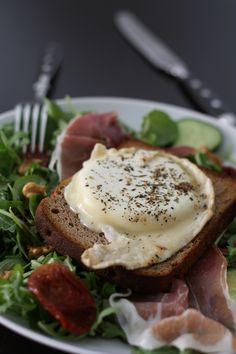 Warmer Ziegenkäsesalat Source by No Salt Recipes, No Dairy Recipes, I Love Food, Good Food, Yummy Food, Honey Toast, Snacks Dishes, Salty Foods, Food Menu
