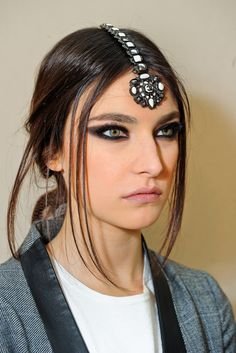 See beauty photos for Chanel Pre-Fall 2012 collection.
