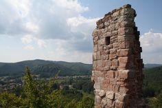 vue du château du Ramstein à Baerenthal