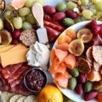 DIY+Gluten+&+Dairy+Free+Holiday+Charcuterie+Platter+(with+vegan+options!)