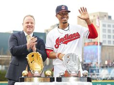 Francisco Lindor with his Golden AND Platinum Gloves for 2016.