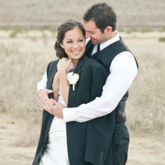 How cute is this photo? Glamourous desert bridal shoot with two adorable newlyweds.
