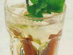 Chá Gelado de Erva-Cidreira e Especiarias