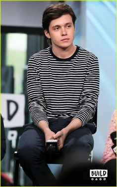 nick robinson everything everything aol build 02