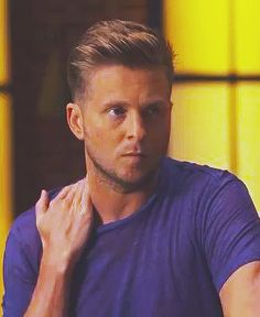 Im sexy and you know it! Pop Rock Bands, Cool Bands, Ryan Tedder, Eddie Fisher, Onerepublic, Boy Cuts, Music Is Life, I Love Him, Beautiful Men
