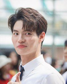 Jungkook Cute, Actor Model, Cute Bunny, Korean Actors, Cute Boys, Boyfriend, Snowball, Dramas, Singers