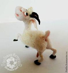 Коза обыкновенная полевая - белый,коза,игрушка ручной работы,игрушка в подарок