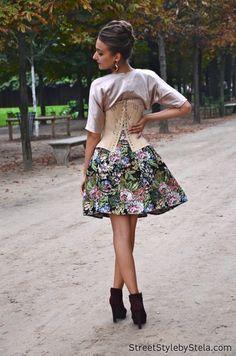 Gabriela Atanasov on the streets of Paris - Street Style by Stela Paris Street, Midi Skirt, Street Style, Floral, Skirts, Fashion, Moda, Midi Skirts, Skirt