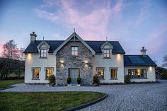 Beechwood GroveGortagassKenmareCounty Kerry, Kenmare, Co. Kerry - 4 bed detached house for sale at amv: €500,000. Click here for more property details.
