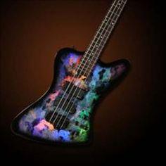 HelloMusic: Spector Bass Legend 4X Classic (Holoflash) http://www.hellomusic.com/items/legend-4x-classic-holoflash