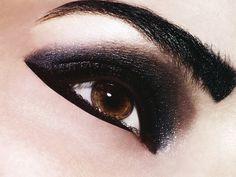 Graphic dark eye.