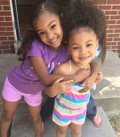 Dey too cute! Cute Kids, Cute Babies, Baby Kids, Beautiful Black Babies, Beautiful Children, Biracial Babies, Cute Baby Pictures, Mixed Babies, Baby Family