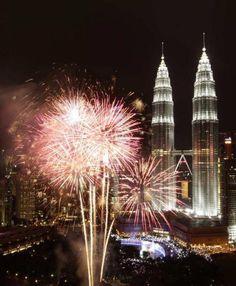 Malaisie, feux d'artifice pour le passage à l'année 2013 !
