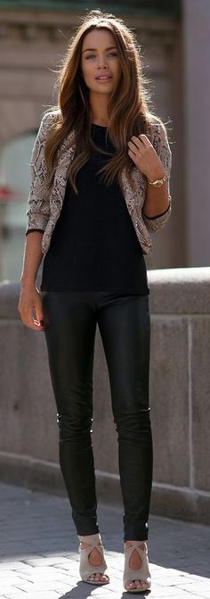 #streetstyle #fashion | Snake On Black | Johanna Olsson                                                                             Source
