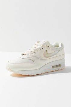 wholesale dealer af2ba 874b1 Air Max 1, Nike Air Max, Fancy Shoes, Me Too Shoes, Spring