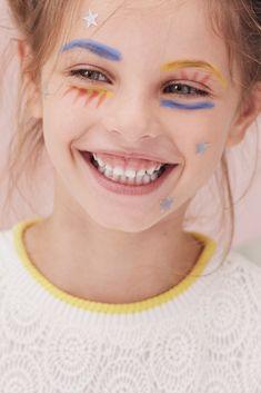 web161005-MILK-200-0185-1 * L * N * B * Agent de photographes Beauty Makeup, Eye Makeup, Hair Makeup, Milk Magazine, Little Girl Models, Best Photo Poses, Kid Poses, Shooting Photo, Creative Portraits