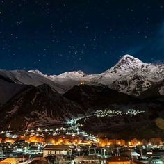 Stephantsminda, Kazbegi - Georgia (country) the Caucasus Mountains.