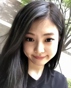 Jennie Kim Blackpink, Blackpink Video, Black Pink Kpop, Blackpink Photos, Emo Girls, Blackpink Fashion, My Beauty, Rose, Pretty
