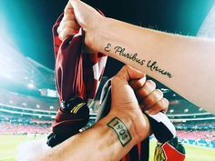 Benfica Future Tattoos, Tattoos For Guys, Football Tattoo, Tattoo Feminina, Going Insane, Little Tattoos, Big Love, Sleeve Tattoos, Tatoos