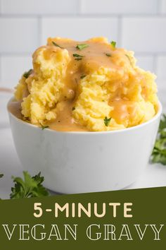 Quick and easy Vegan Gravy that is ready in 5 minutes. Perfect to go with your favorite Fall recipes, and you only need a few simple ingredients to make the best vegan gravy.