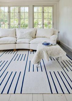 Nordic Knots - A Scandinavian Rug Company Classic Rugs, Classic Home Decor, Blue Home Decor, Living Room Carpet, Rugs In Living Room, Bedroom Rugs, Blue Bedroom, Dining Rooms, Bedrooms