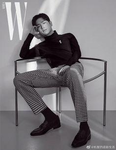 Seo Kang Joon Fills Up Empty Spaces with Fashionable Fall Looks in October 2019 W Korea Seo Kang Joon, Kang Jun, Korean Celebrities, Korean Actors, Celebs, Autumn Look, Fall Looks, Cha Eunwoo Astro, W Korea