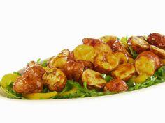 Lemon-Mustard Potato Salad recipe from Giada De Laurentiis via Food Network Giada Recipes, Cooking Recipes, Healthy Recipes, Yummy Recipes, Dinner Recipes, Raw Recipes, Yummy Yummy, Veggie Recipes, Delicious Food