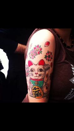 I want this lucky cat tattoo