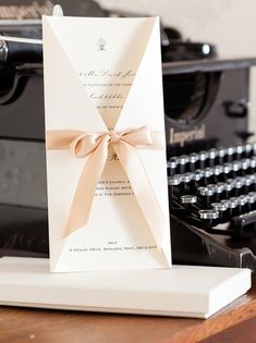 Boxed Satin Bow Wedding Invitations, Traditional Style Wedding invites, Wedding Stationery Gift box, Elegant Invitations, Invitations