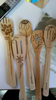 We saw wood burned spoons on Pinterest and decided to give it a go ourselves. Still in the beginner mode, but it's very fun. I've been having my 11 year old daughter draw on some of the spoons. These are for her teacher for May Day...a bouquet of wooden flowers. RW