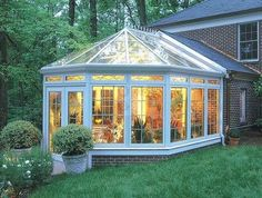 Sunroom Conservatory Solarium - Home and Garden Design Idea's Victorian Conservatory, Conservatory Design, Glass Conservatory, Victorian Greenhouses, Victorian Porch, Outdoor Rooms, Outdoor Living, Four Seasons Room, Sunroom Addition