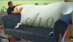 DIY: HOW TO REUPHOLSTER A SOFA. - ALOWORLD