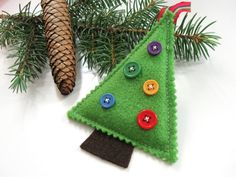 Christmas Felt Ornament Green Buttons Tree Decoration