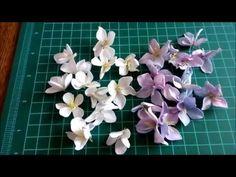 Małe foamiranowe kwiatki do kartek