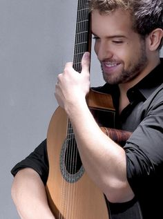 Pablo Alboran! http://www.youtube.com/watch?v=cSUEFDZ3p3k