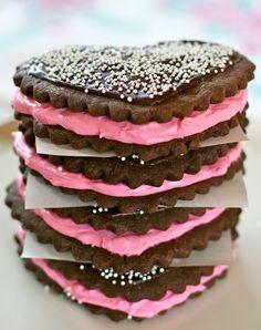Cupcake | Cupcakes | Pinterest | Heart Cupcakes, Valentine Cupcakes ...