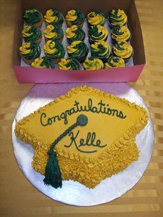 Graduation Cupcakes, Cakes Graduation, Graduation Cupcake Cake, Graduation Cakes Cupcakes, Graduation Cap Cupcakes, Graduation Cake Idea, Cupcake Cakes, ...