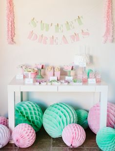 Kate's Sweet Dreams Pajama Party... Adorable Pink and Mint Pajama Party on The TomKat Studio!