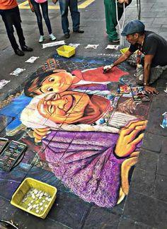 Un artista pinto esto en una calle de Guadalajara, Jalisco! ❤️❤️❤️ INCREIBLE! COCO es lo máximo!